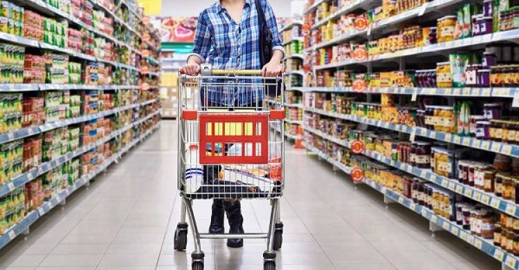A Weekly Shopping Schedule and More help You Save on Food